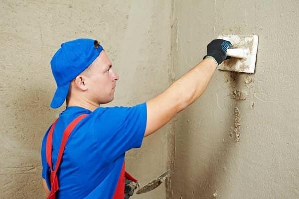 Штукатурка стен перед нанесением фактурной краски