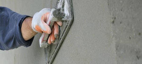 как штукатурить стены цементным раствором правильно