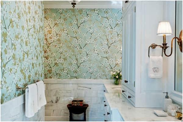 какие обои выбрать виниловые или флизелиновые для ванной