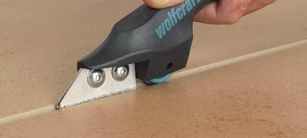 как убрать затирку из швов между плиткой