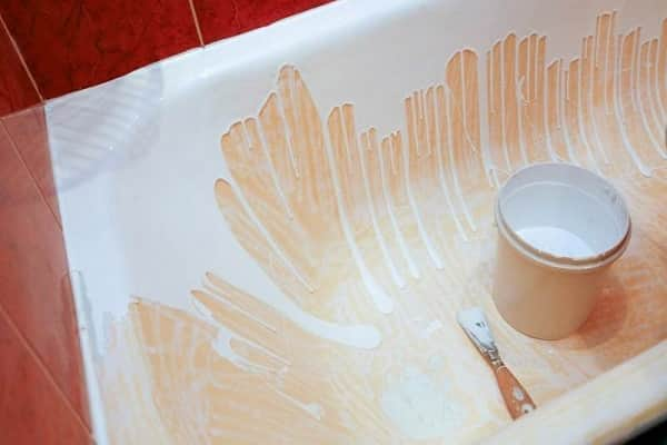 как обновить покрытие чугунной ванны нанесением жидкого акрила