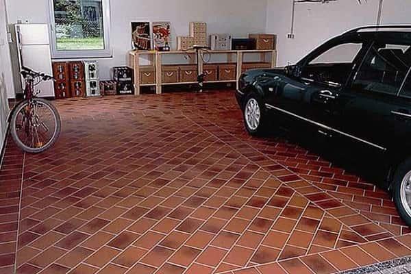 что положить на пол в гараже: подходящие покрытия для данного помещения