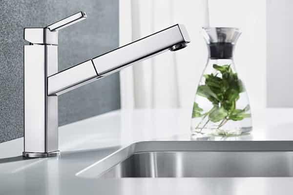 как выбрать смеситель для раковины в ванной