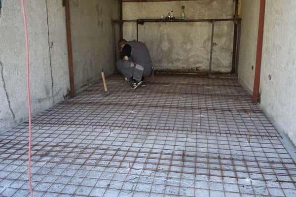 как сделать бетонную стяжку в гараже самостоятельно