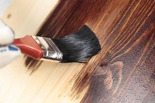 чем покрасить фанеру на полу