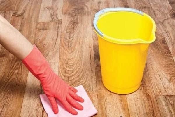 как убрать краску с линолеума своими руками