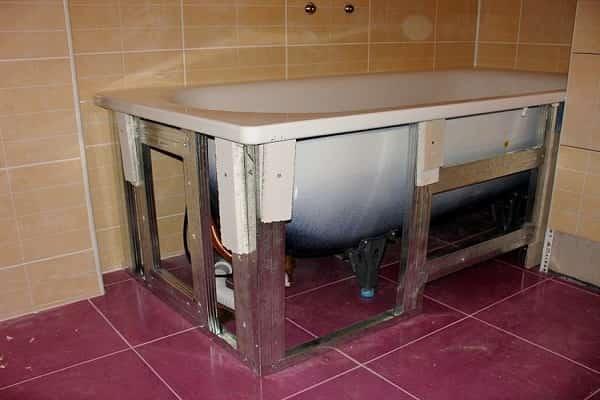 как установить чугунную ванну своими руками качественно