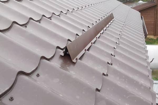 как установить снегозадержатели на металлочерепицу своими руками уголкового типа