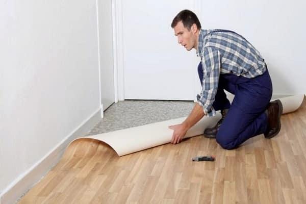 чем резать линолеум в домашних условиях правильно