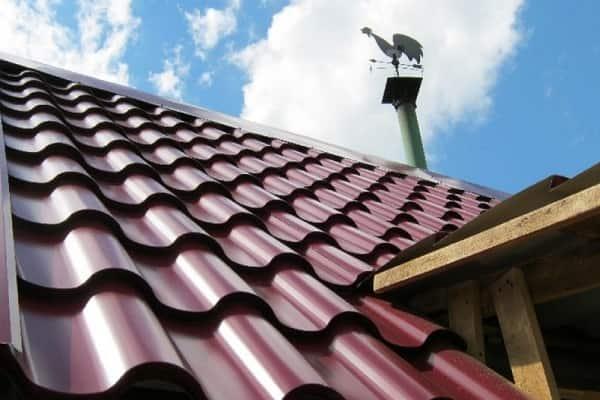 как выбрать металлочерепицу для крыши дома должным образом