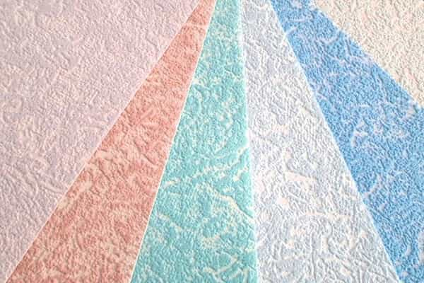 как выбрать обои под покраску на стены: особенности бумажных обойных полотен