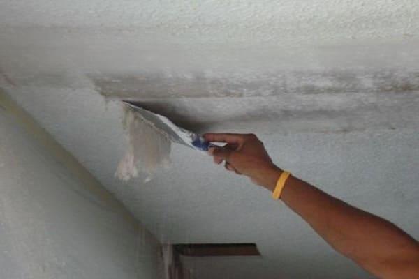как приклеить пенопласт к потолку: подготовка поверхности
