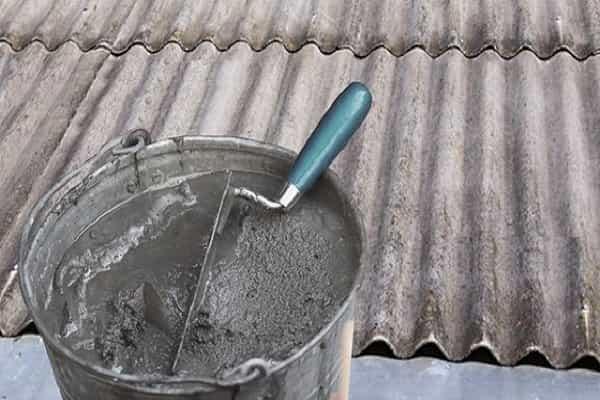 чем заделать дыры в шифере: использование бетонного раствора