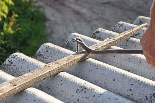 как снять шифер с крыши собственноручно