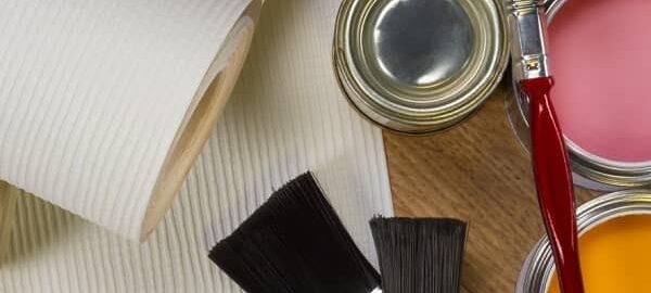 как наклеить обои под покраску на стены