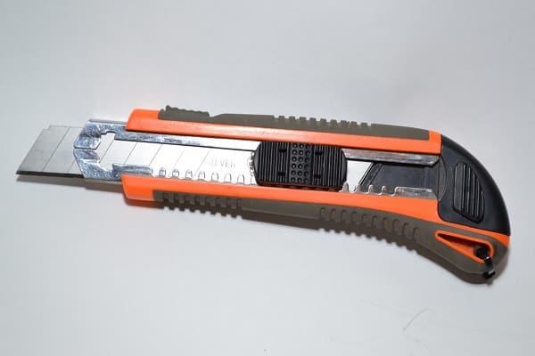 чем лучше резать пенопласт в домашних условиях: распил утеплителя ножом