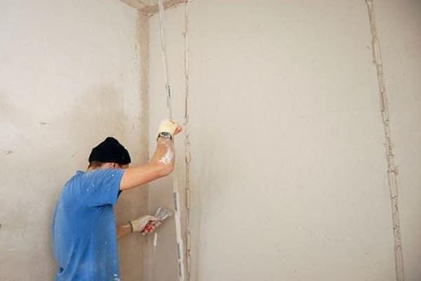 нужно ли убирать маяки после штукатурки стен