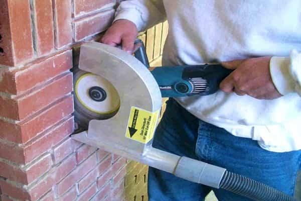 как проштробить стену под проводку собственноручно