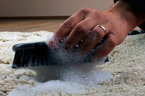как почистить ковер ванишем в домашних условиях качественно