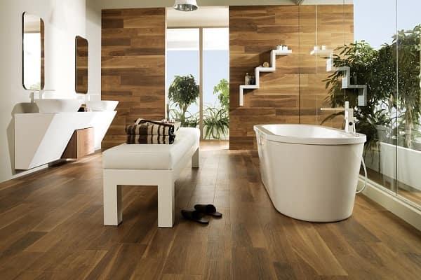чем застелить пол в ванной комнате: водостойкий ламинат