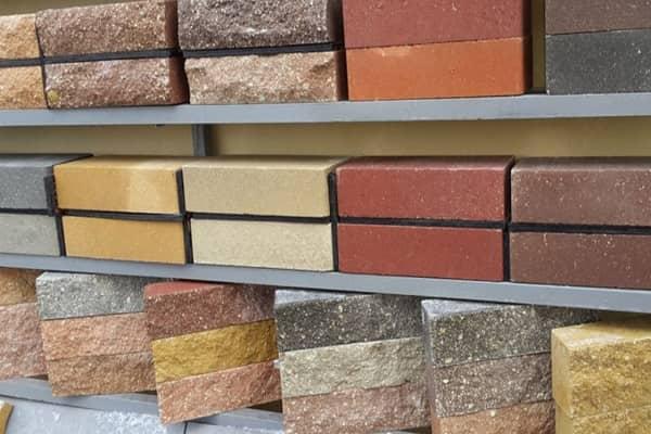 из какого кирпича лучше строить дом: гиперпрессованные изделия