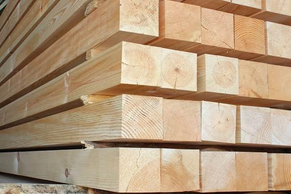 какой брус выбрать для строительства дома: строганный брус