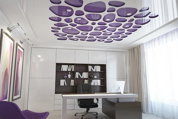 как выбрать цвет натяжного потолка: перфорированные (резные) потолочные конструкции