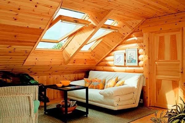 чем обшить мансарду изнутри для жилья: отделка вагонкой деревянной
