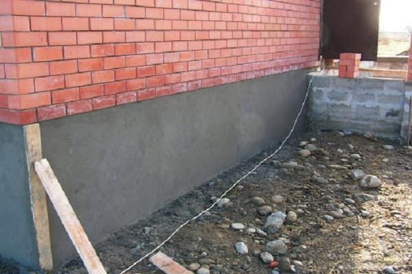 как оштукатурить фундамент дома своими руками: критерии покрытия