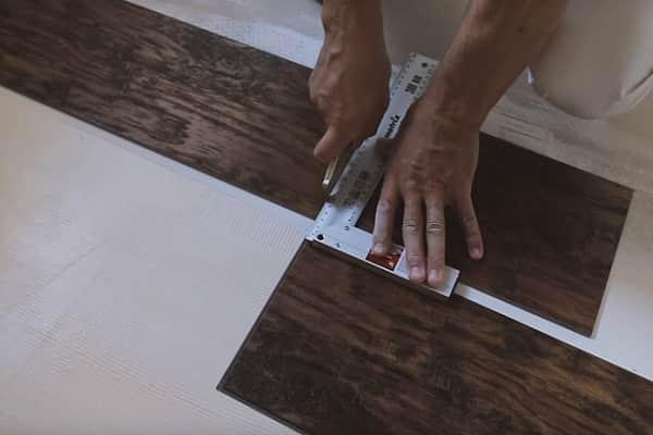 как укладывать кварцвиниловую плитку на пол: свободнолежащий способ монтажа
