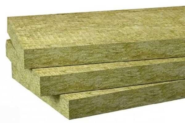 как утеплить дом из бруса снаружи своими руками минеральной ватой и другими материалами