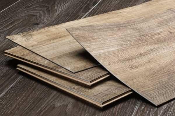 как укладывать кварцвиниловую плитку на пол: виды материала