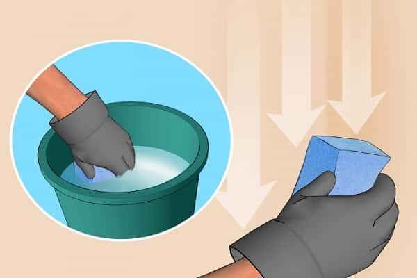 как клеить обои на краску: подготовка покрытий перед оклеиванием