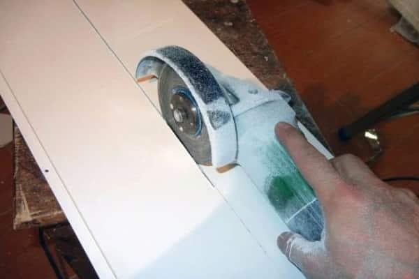 чем резать пластиковые панели в домашних условиях: с использованием болгарки
